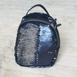 Handbags - ✨Sequin Purse/Backpack✨
